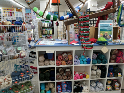 knitting supplies, yarns